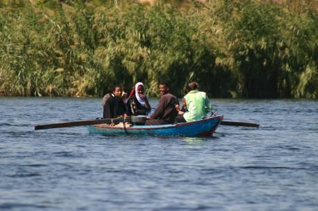 Einheimische auf dem Nil
